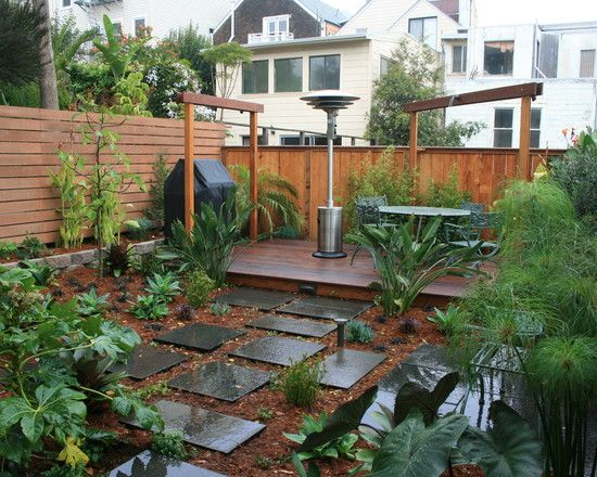 Small backyard ideas design pictures remodel decor and for Small fenced in patio ideas