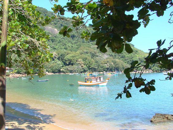 Colorful Boat - Ubatuba - SP - Brasil
