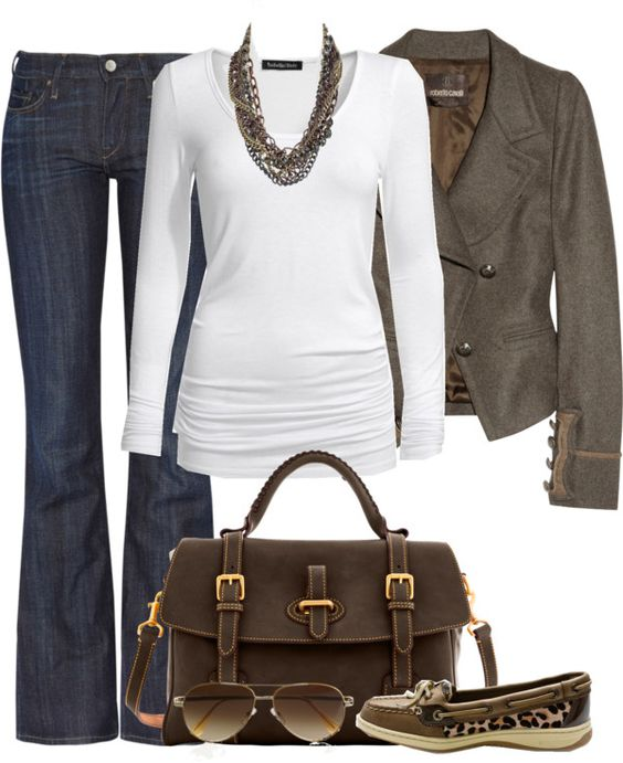 I love brown & white together & the leopard  sperrys add that little something to the outfit.