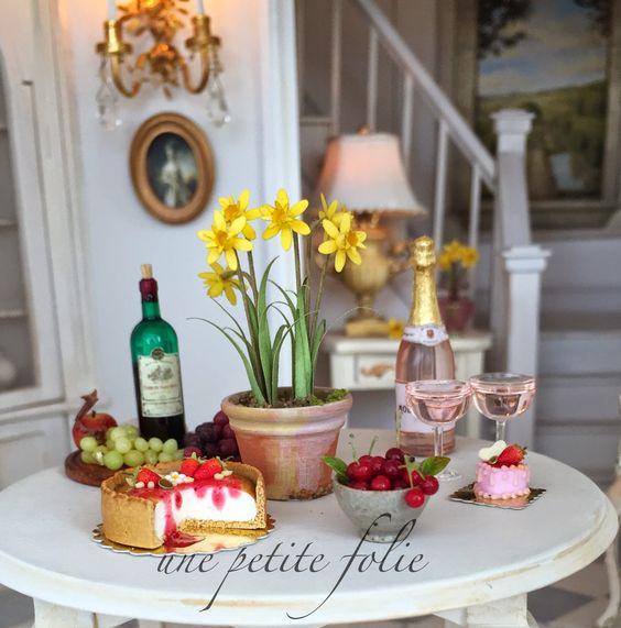 Une Petite Folie: Changes....lots of changes!!