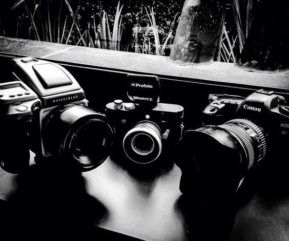 Hasselblad - Leica - Canon - Profoto