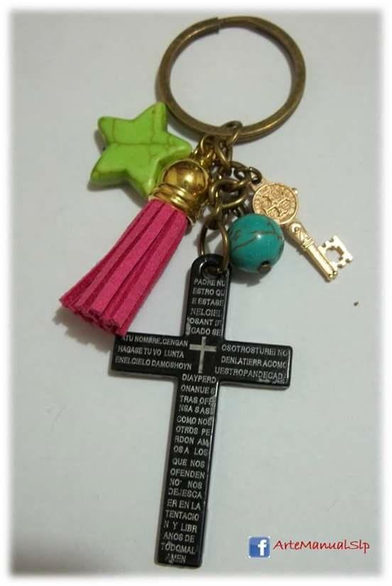 Explora Cruz Padre, Bisuteria Lili S, ¡y mucho más!