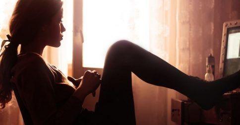 Άτυπη κατάθλιψη: Πώς να αναγνωρίσετε εγκαίρως τα σημάδια της: http://biologikaorganikaproionta.com/health/246157/