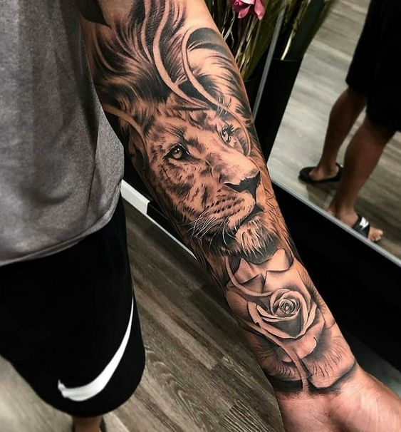 Tattoos For Men Lion Wrist Tattoo Wrist Covering Lion Tattoo Lion Tatuagem Tatuagem Modelos Tatuados