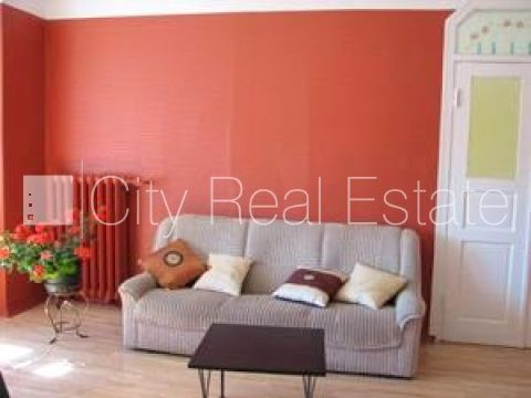 Apartment for rent in Riga, Riga center, 110 m2, 700.00 EUR
