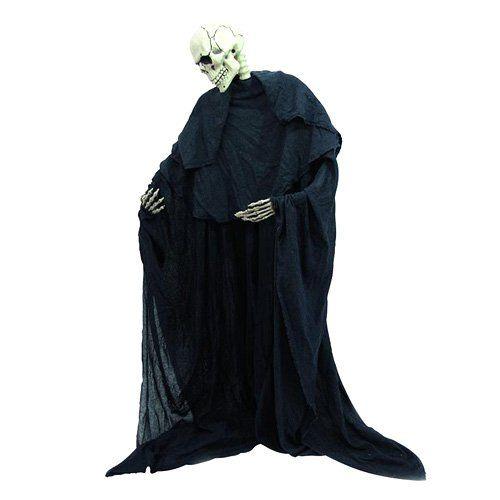 Europalms Halloween 83314458 Figur Skelett formbar - Stehendes Skelett im schwarzen Umhang ¨Stehendes Skelett mit schwarzem Stoffumhang ¨Individuell zu biegen ¨Stabiler Standfuß inklusive ¨Höhe: 160 cm ¨Breite: 70 cm ¨Tiefe: 20 cm