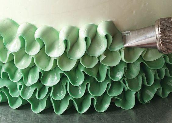 Cake Decorating Ruffle Tips : Buttercream ruffles, Buttercream ruffle cake and Ruffle ...