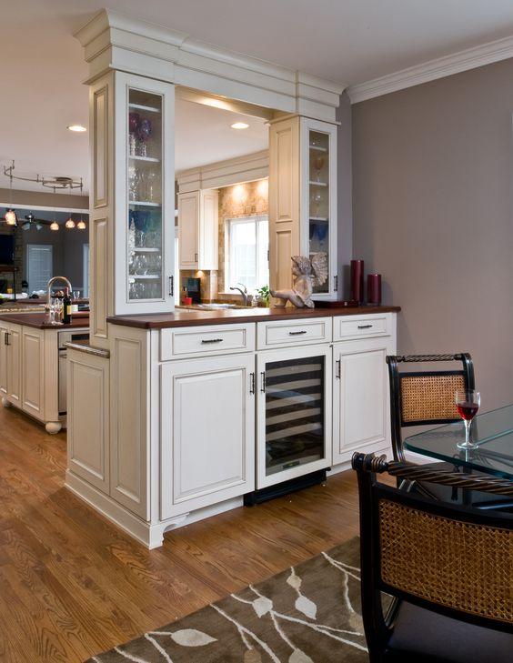 Bar- dining area beverage center; contemporary style bar cabinet - küchenwände neu gestalten