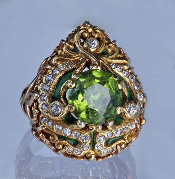 Art Nouveau thing Gold enamel peridot diamond