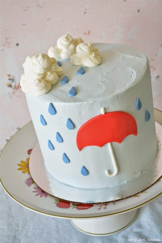 Curly Girl Kitchen: Rain, Rain Cake Tutorial