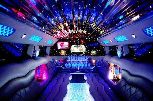 limousine por dentro com piscina - Pesquisa Google