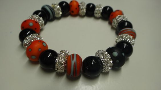 Check out this item in my Etsy shop https://www.etsy.com/es/listing/240806071/bracelet-murano-bracelet-lampwork