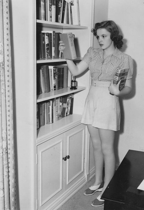 Judy Garland at her home in 1940.: