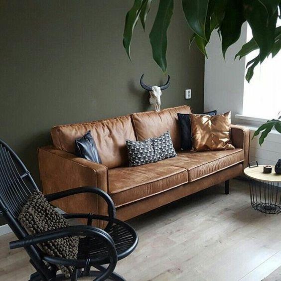 Chọn mua sofa da ở đâu cho phòng khách thêm sang trọng