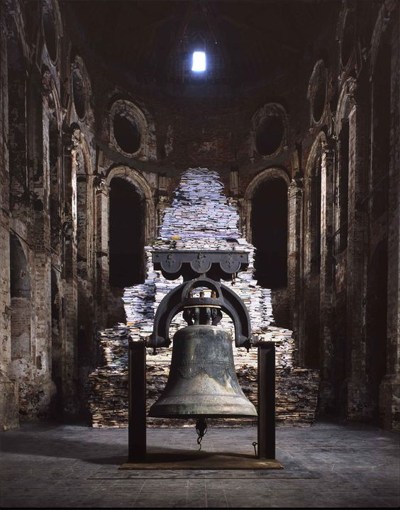 Claudio Parmiggiani: L'Isola del Silenzio - 2006 One hundred thousand books, soot, churchbell    10 x 10 x 9 m