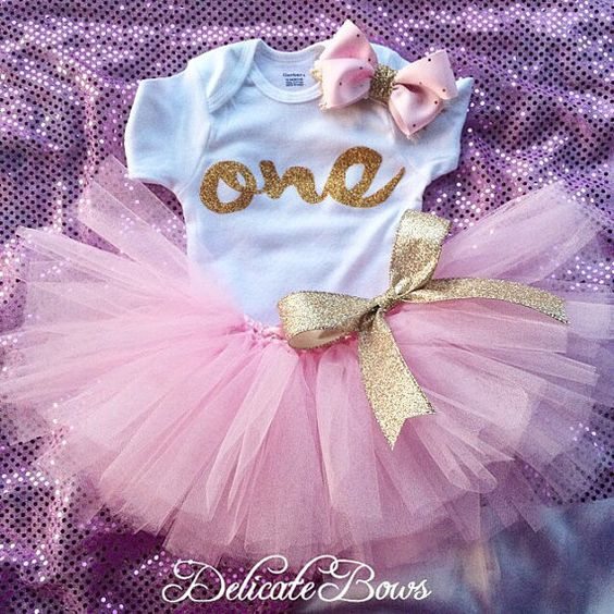 First birthday outfit pink and gold birthday by delicatebows1