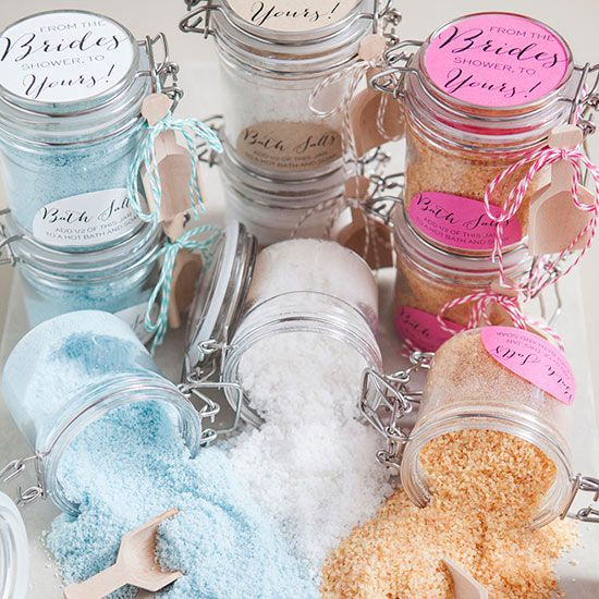 These diy wedding favor and decoration ideas will lend a beautiful