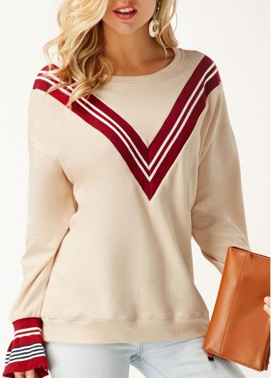 Round Neck Printed Long Sleeve Beige Sweatshirt.