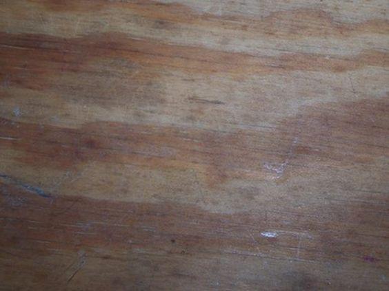 Cómo instalar un techo de madera contrachapada