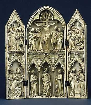 Triptico de marfil,Francia siglo  XIII,encontrado en la Iglesia de San Sulpicio de Tarn  Museo de la Edad Media Francia: