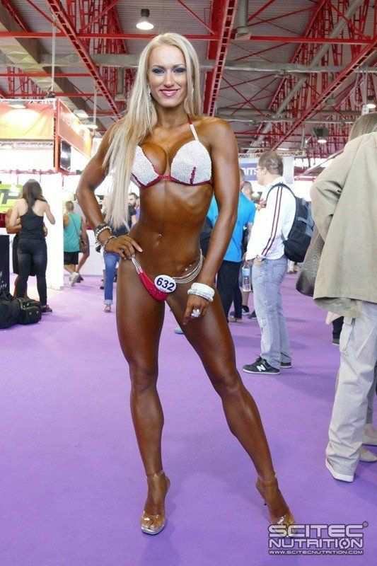 Sexy Fitness Girl @ Arnold Classic Europe #fitnessgirls #sexy #girls