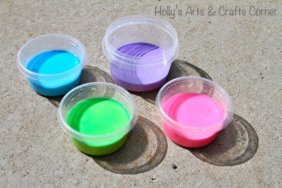 Holly's Arts and Crafts Corner: Sidewalk Chalk Paint