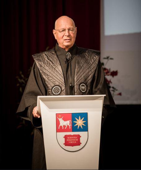 Klaus Schwab en zijn roots