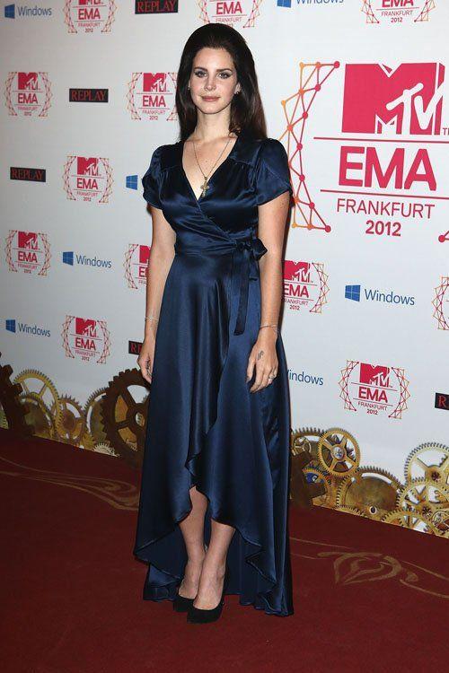 Lana Del Rey en los 2012 MTV Europe Music Awards (11 de noviembre). / Lana Del Rey at the 2012 MTV Europe Music Awards (November 11).