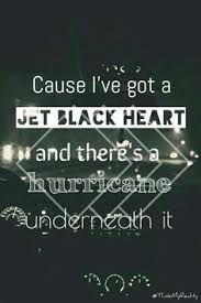 Resultado de imagem para jet black heart tumblr