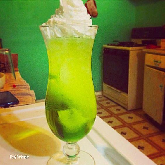 Bartender princess peach apple rings bartenders coconut rum liqueurs