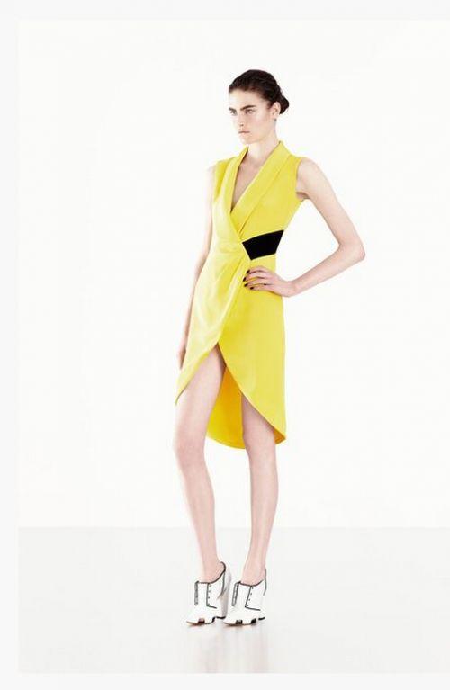 Vestido de fiesta 2014 en color amarillo intenso.