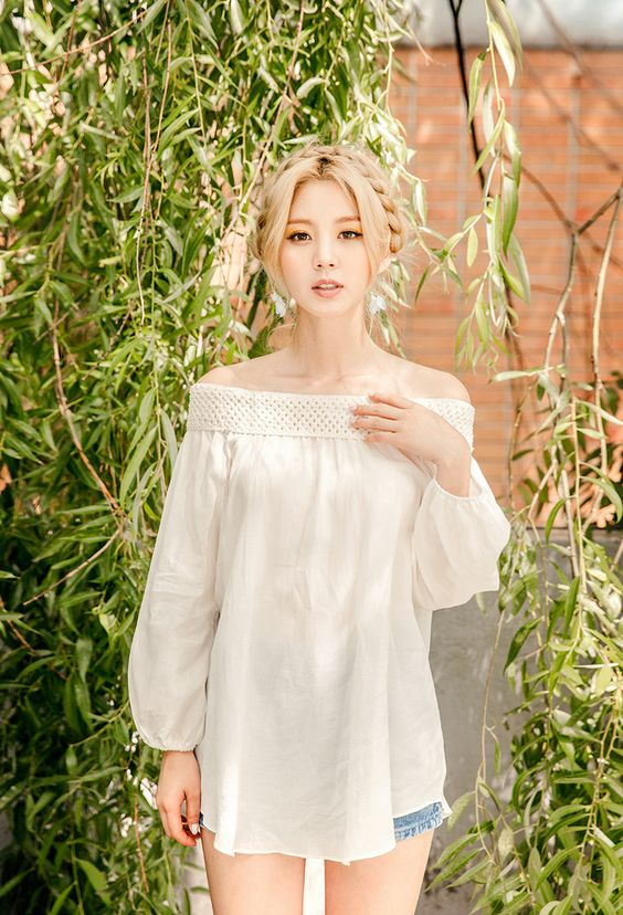 Lee Chae Eun 이채은: