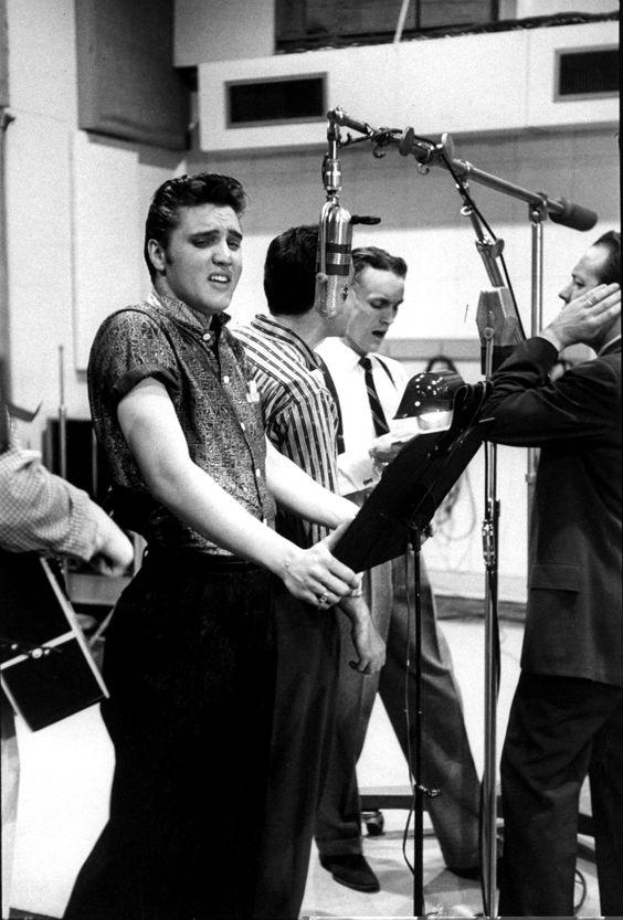 Elvis , Nashville recording session in april 14 1956.