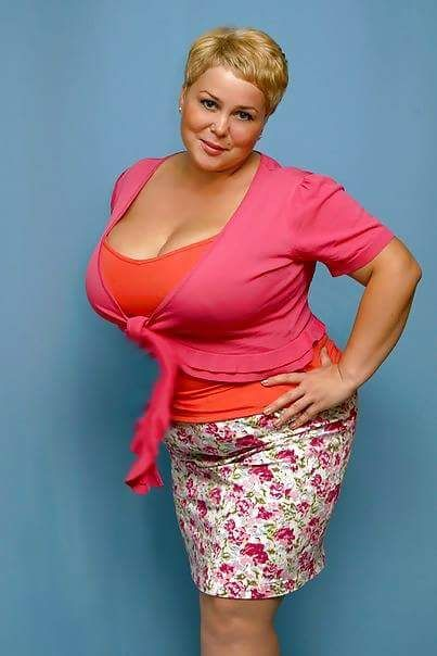 I love chubby women beautiful women pinterest posts for Big beautiful women picture