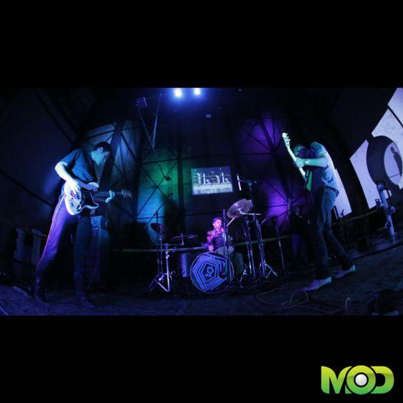 Presentación de la agrupación tapatía #parasito5000 en el #MOD 2013. #FestivalMOD #postrock