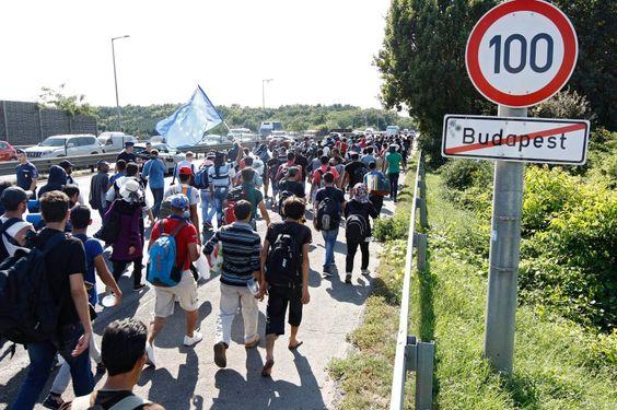 Angela Merkels Flüchtlingspolitik: Wir sind geschafft - SPIEGEL ONLINE - Politik