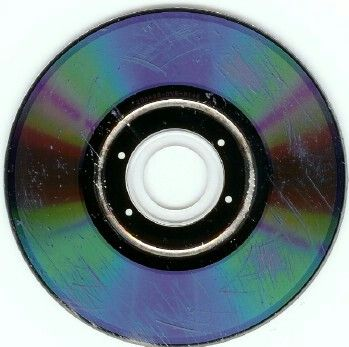 oothpaste can be used to remove scratches from CDs and DVDs. You just have to rub a bit of toothpaste on the CD with a soft cloth and then remove with a clean cloth.
