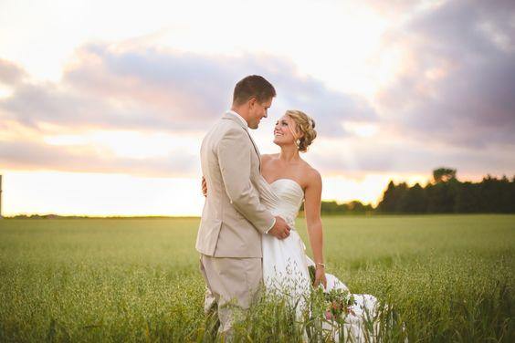 sunset wedding photography - kate becker photography
