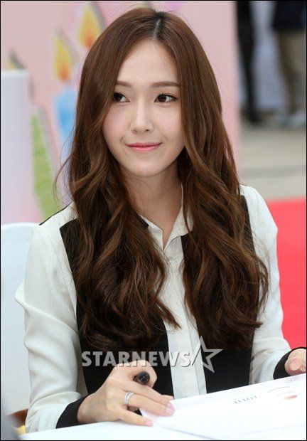 Jessica Snsd Black Hair Which Hair Color Looke...