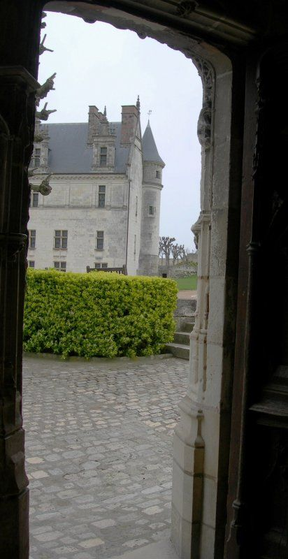 Amboise ~ I <3 Belgian Block drives