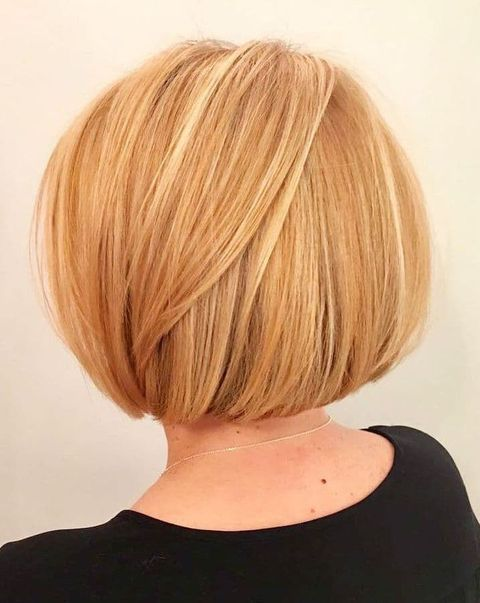 Short Haircuts And Hairstyles For Older Women Over 50 To 70 In 2020 Short Hair Styles Bob Hairstyles For Thick Short Hairstyles For Women