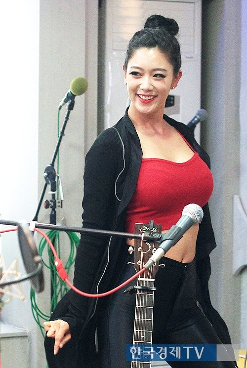 Clara Lee at MBC Radio | Clara Lee 클라라