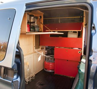 Am nagement de voitures pour ludospaces monospaces for Amenagement interieur de vehicule utilitaire