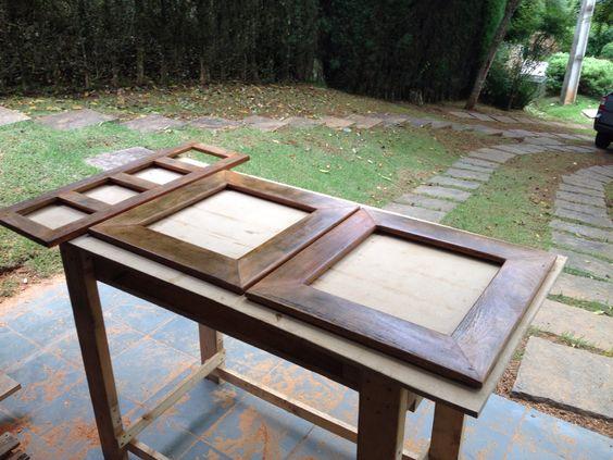Mais um final de semana produtivo! 2 espelhos e 1 porta retrados feitos com madeira reutilizada e tratada