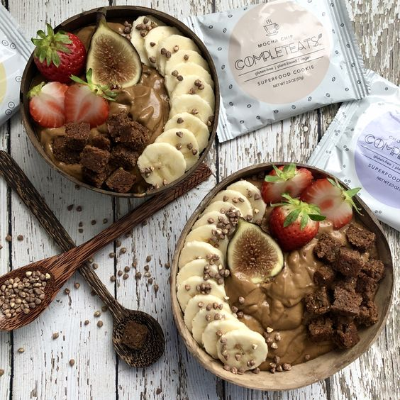 Chocolate Banana Bread Smoothie Bowl