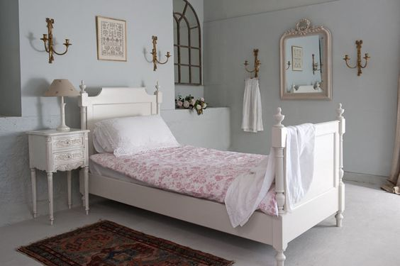 Gustavian Single Bed by Tasha Beds - click to close