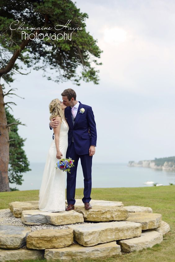 sussex, surrey and berkshire contemporary documentary wedding photography