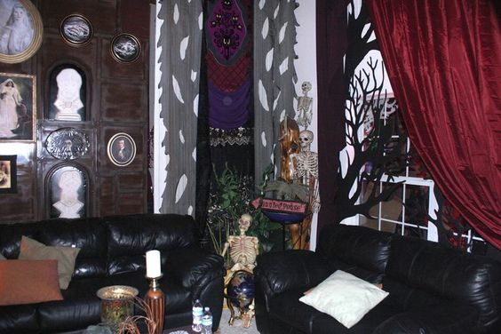 My own props halloween 2016 haunted mansion formal for Haunted dining room ideas