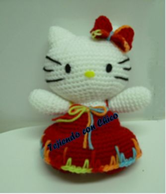 Hello Kitty Amigurumi - Patrón Gratis en Español y con Videotutorial aquí: http://tejiendoconchico.blogspot.com.es/2014/01/hello-kitty-mod-1.html