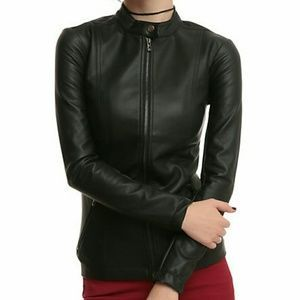 I just discovered this while shopping on Poshmark: HP/7-16JoanJett Hi-Collar Jacket For Tripp NYC. Check it out!  Size: XL